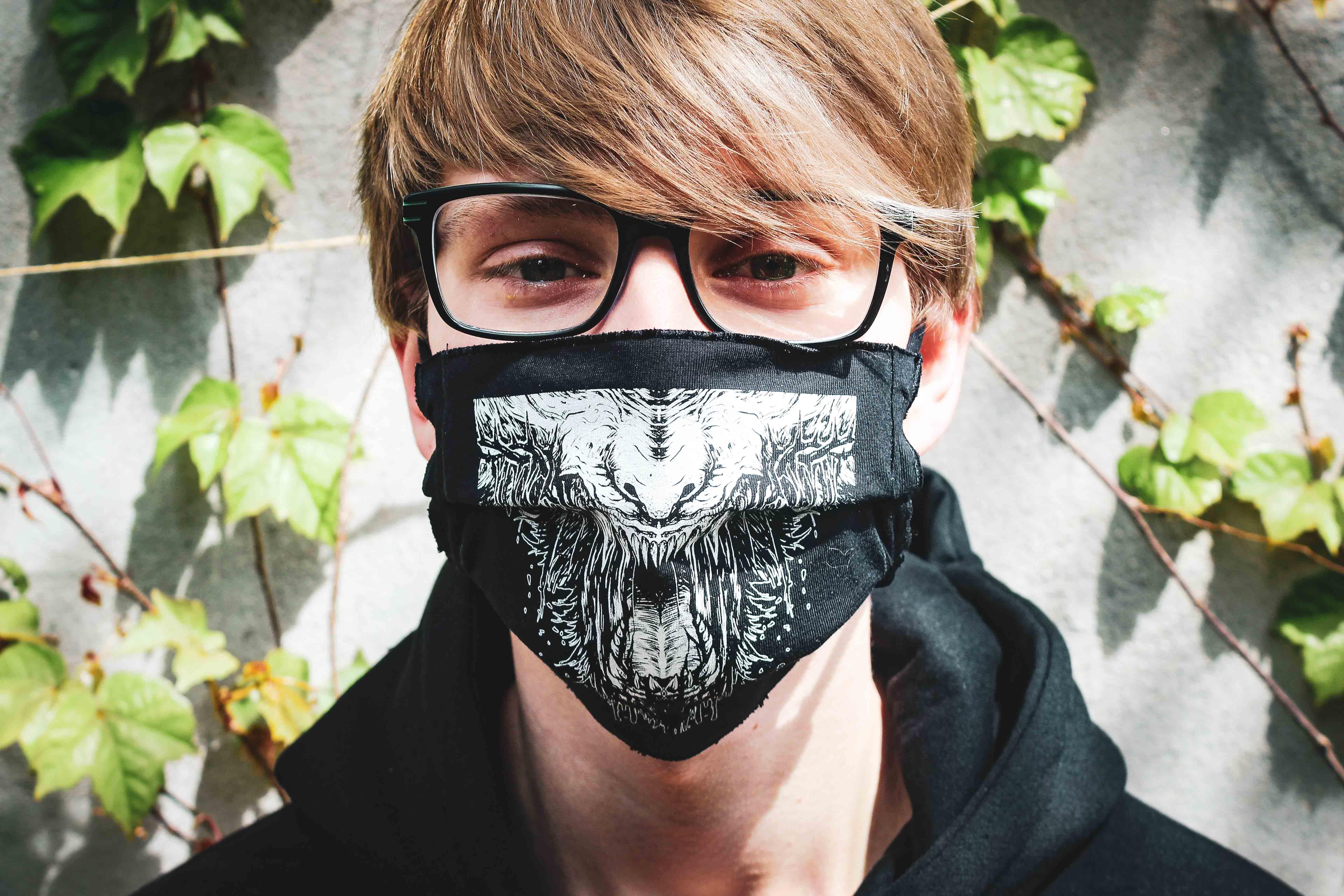 Mund und Nasen Maske Teeth